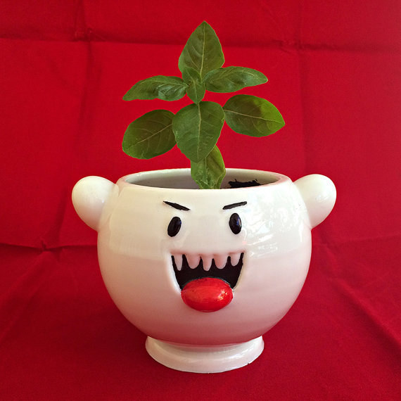 This terribly cute Boo planter