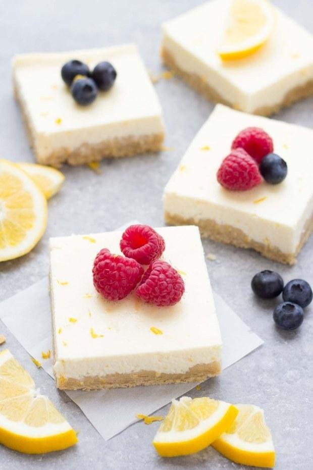 Lemon Greek Yogurt Cheesecake Bars