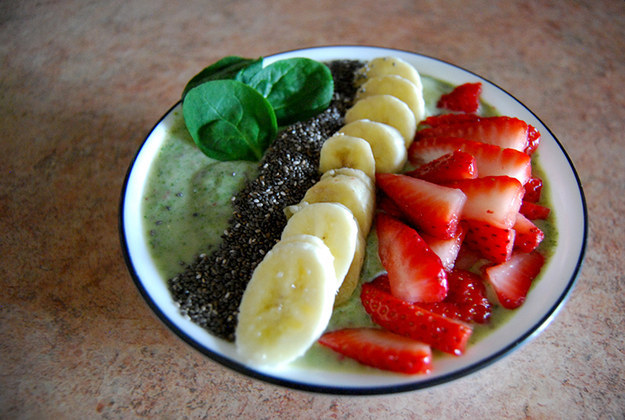 Frozen Spinach Smoothie Bowl