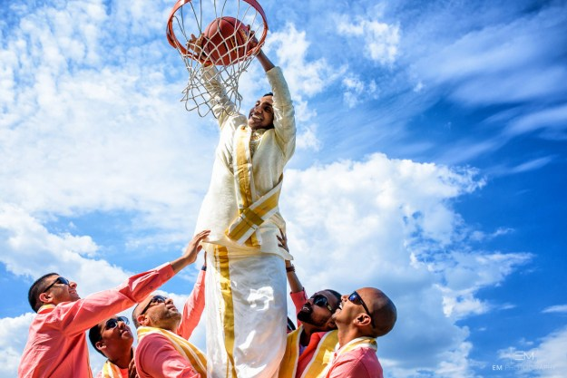 Photographer Mugunthan Sundaran captured these stunning photos of the wedding party having a blast on the court. But the theme also carried through to the wedding itself.