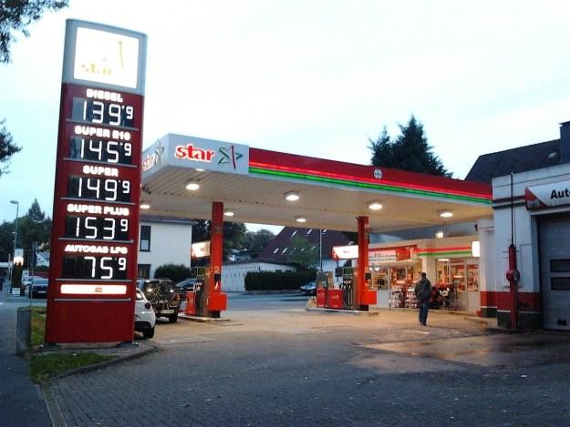 """""""Tankstelle"""""""