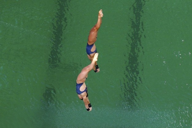 A few days ago, the world got a tad concerned when the pool at the Olympic Diving Center in Rio began turning green.