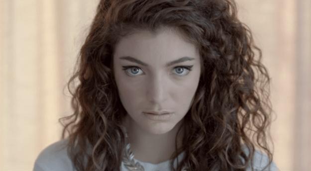 "Lorde thinks ""Royals"" sounds like a 2006 ringtone."