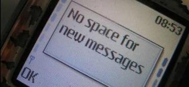 SMS abschreiben müssen, weil der Speicher voll war.