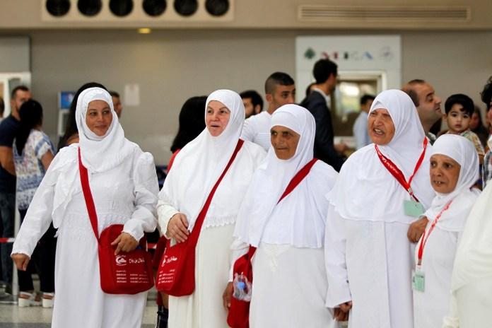 Putting on ihram
