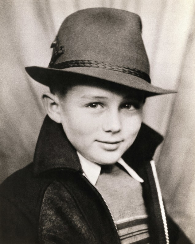 James Dean as a 7 year old in 1938.