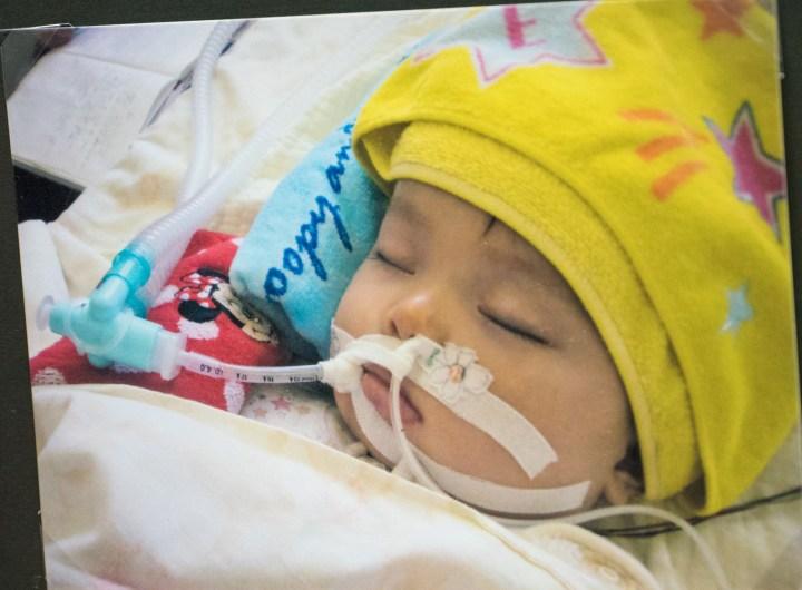 「娘はその後3年、脳死状態で、明日死ぬかも知れないという状況で命を保ちました。ICUから一般病棟に移って、一日一日……。子どもと一緒に前に進む毎日でした」