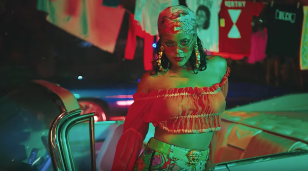First the music video starts off with Rihanna in this outfit and it's like