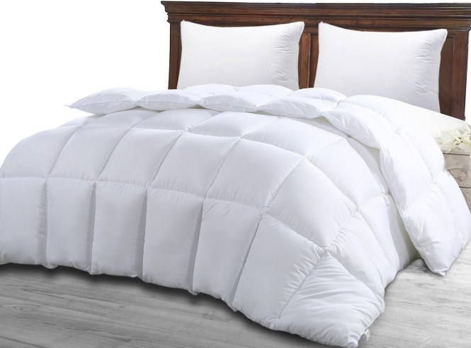 A Fluffy Af Duvet Insert That Pops Right Out Of The Cover To Make Your Bed Incredibly Soft And Makes Doing Laundry Way Easier