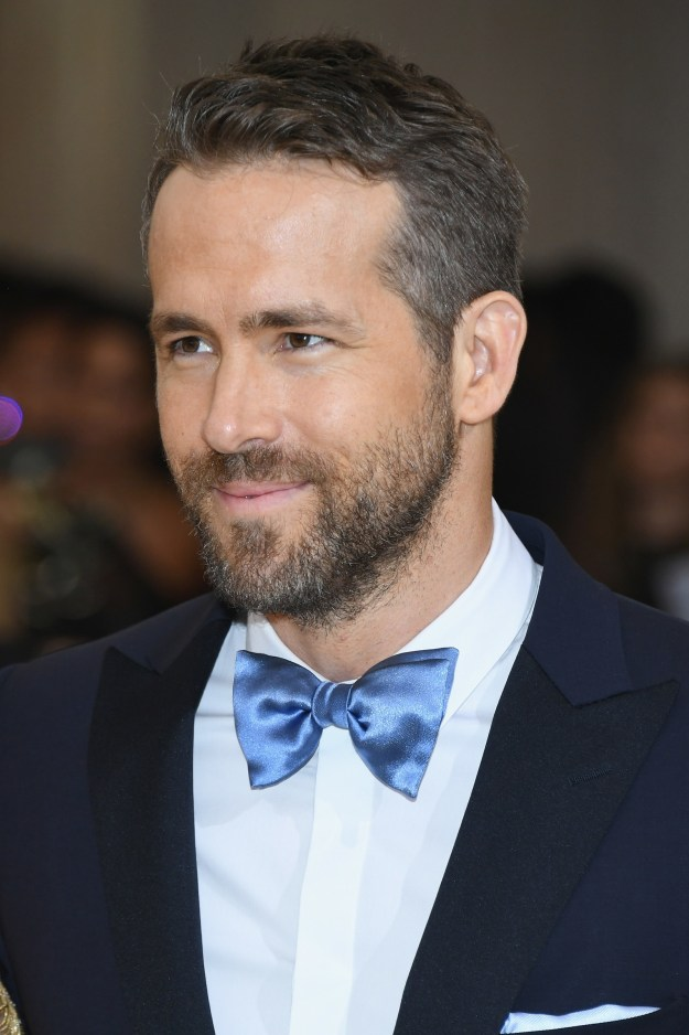 Don't be fooled by this cherubic face and shiny bow tie — Ryan Reynolds has proven time and time again that he's a truly terrible person.
