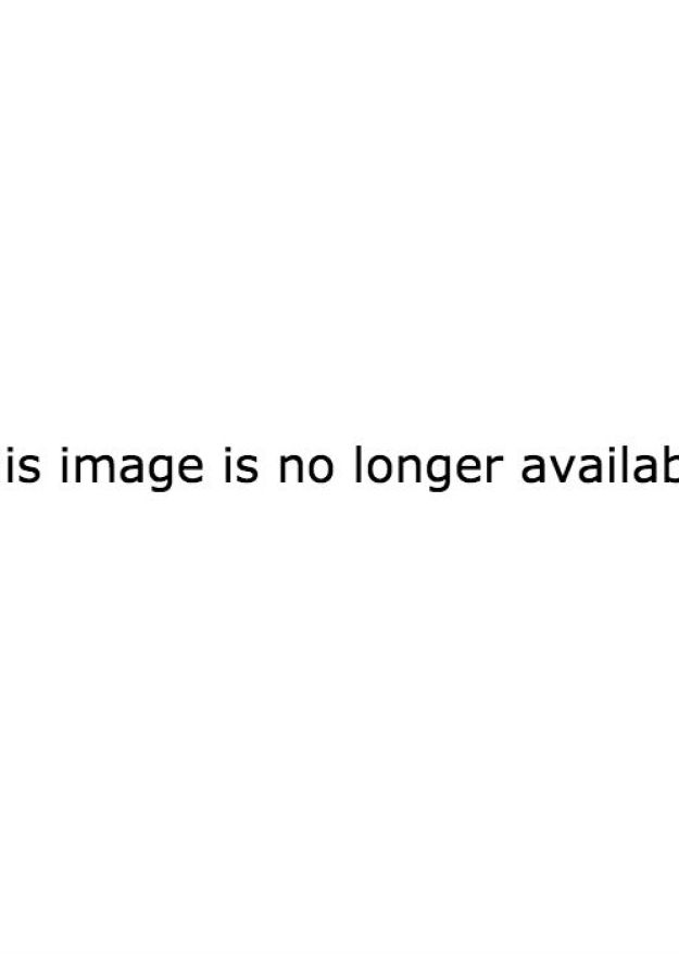 After Brad Pitt gave a very candid interview to GQ Style back in May, now it's Angelina Jolie's time to share her story in the September issue of Vanity Fair.