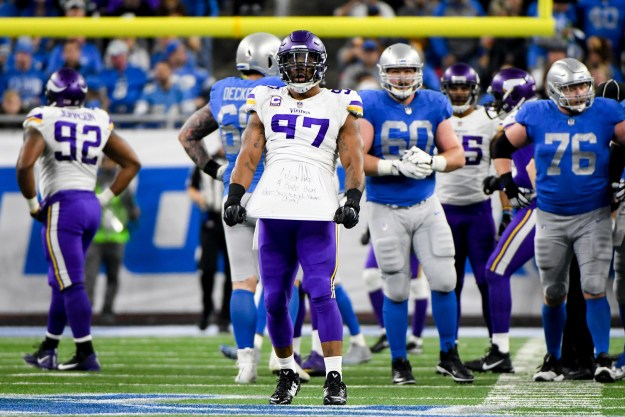 This Thanksgiving was an particularly proper one for NFL player Everson Griffen, who was crushing it on the field in the Minnesota Vikings v. Detroit Lions game just hours after his third child was born.