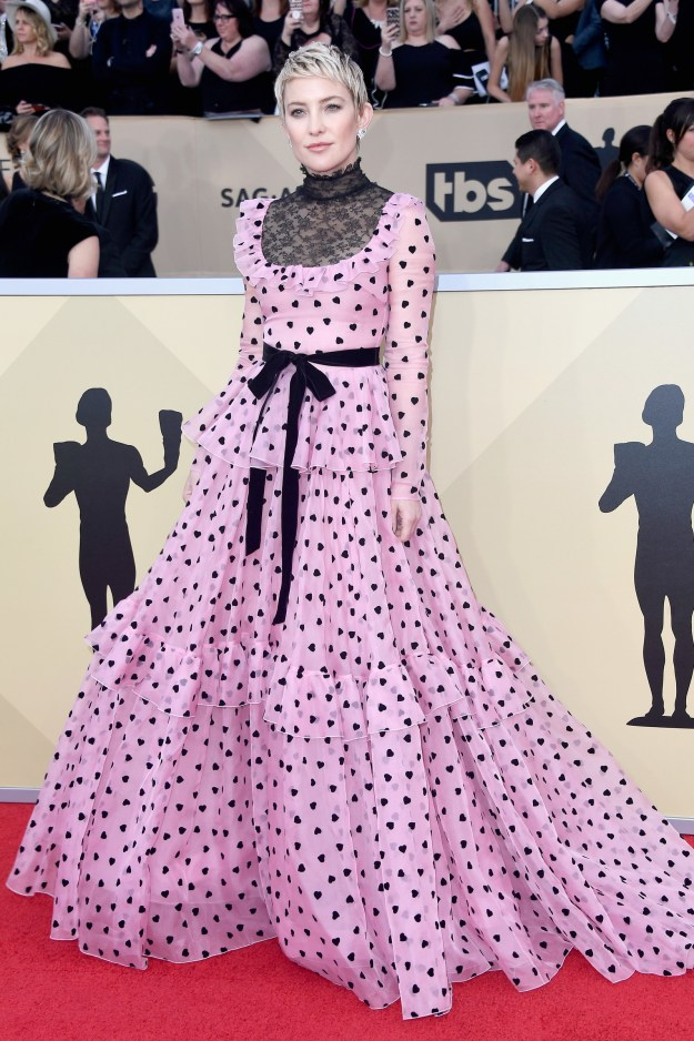 Well, tonight she's presenting at the 24th Annual Screen Actor's Guild Awards, and she showed up looking like this: