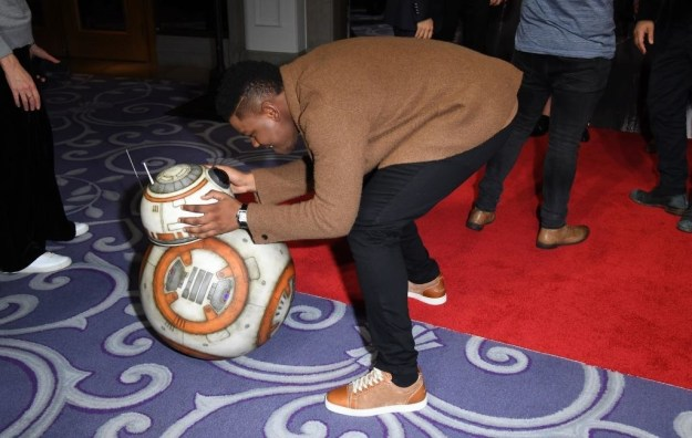 When he caught up with BB-8 on the red carpet: