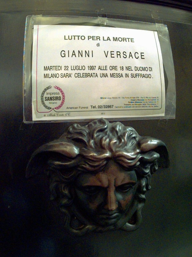"""A """"closed for mourning"""" sign was taped to the door of Gianni Versace's home in downtown Milan on July 21, ahead of his memorial service on July 22."""