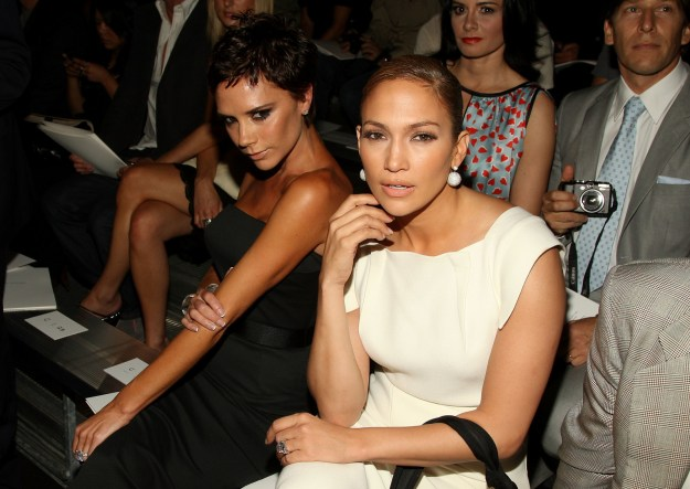 2008: Victoria Beckham and Jennifer Lopez.