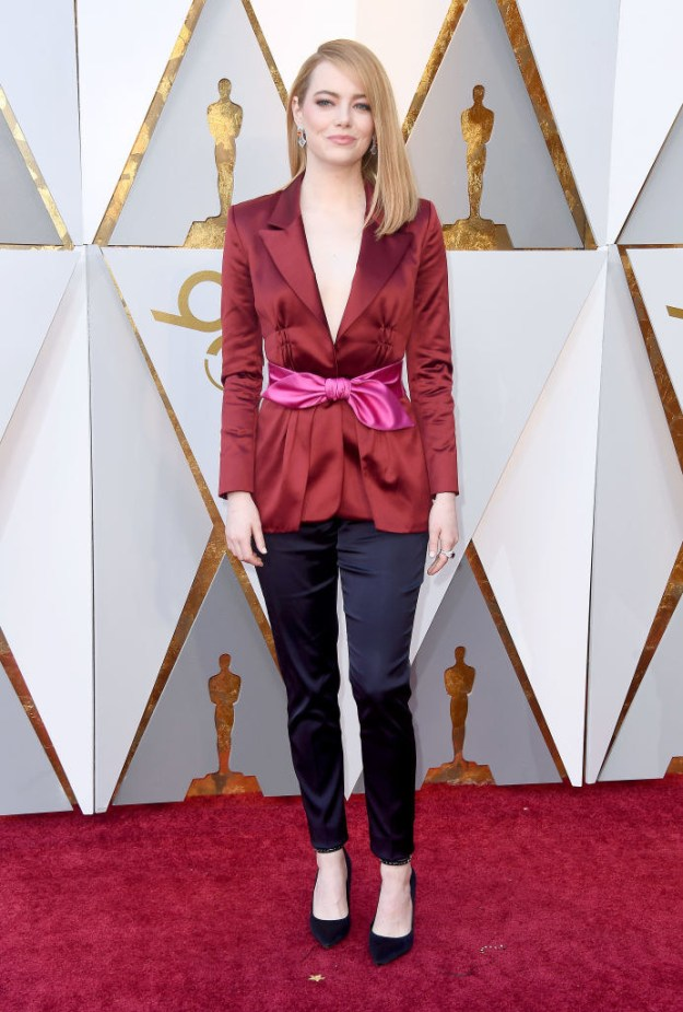 And this year, Emma decided to keep the whole looking-incredible-thing going, and showed up to the red carpet in a colorblocked suit that took my goddamn breath away.