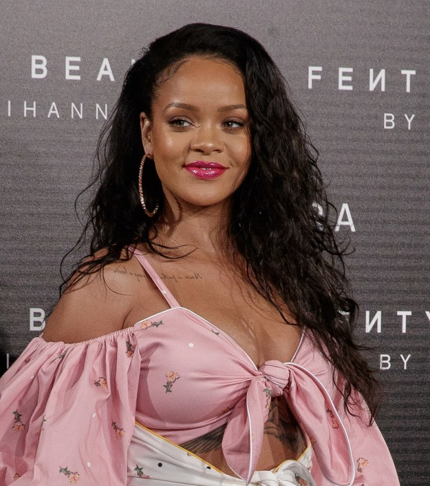 But Daniel didn't achieve this award show look on his own. It turns out, he had a little help from Rihanna.