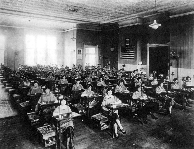 Other major radium watch companies were in business in Waterbury, Connecticut and Ottawa, Illinois.