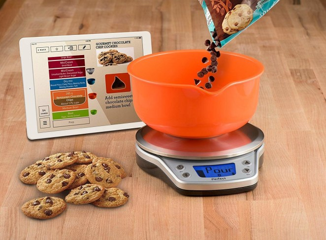 The gadget auto-scales recipes for serving size and different pan sizes. The Perfect Bake app also includes a virtual bowl onscreen that fills up as you add ingredients, alerting you when you need to stop pouring.