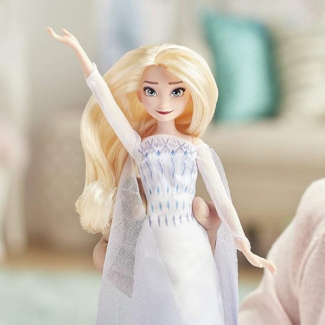 The Elsa singing doll