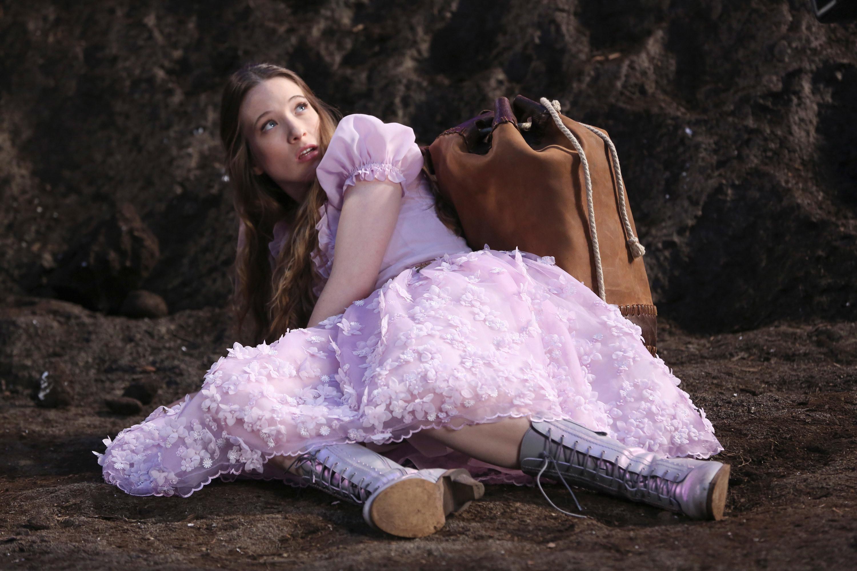 Alice arriving in Wonderland