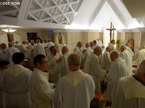 Sacerdotes que comemoram 50 anos de ordenação sacerdotal concelebraram Missa do Papa / Foto: L'Osservatore Romano