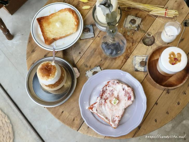20181107074700 97 - 一中街深夜甜點咖啡館,蒔蘿子咖啡選物工作室網美愛店之一!