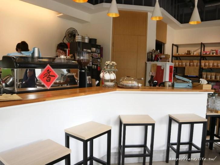 20190318231154 82 - Supple Coffee,一個人也很適合來的咖啡館,隱在寧靜的住宅區裡頭,主打千層蛋糕及美味生乳酪~