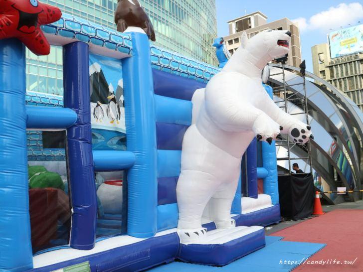 20191217142044 86 - 台中最大氣墊樂園在這裡!巨大星星、鯊魚還有北極熊,快帶小朋友來放風~