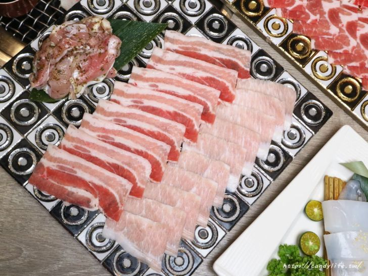 20191218012925 83 - 熱血採訪│山鯨燒肉,台中超狂龍蝦火烤兩吃來囉!海鮮區加價只要50!用餐時刻人潮多,建議要先預約!