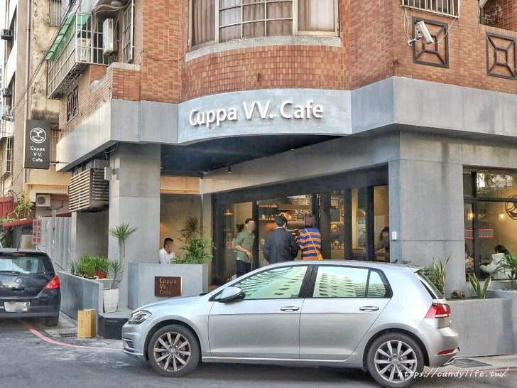 20200212104132 19 - 店裡頭都是型男的質感咖啡館,主打千層蛋糕及生乳酪,還有輕食套餐~