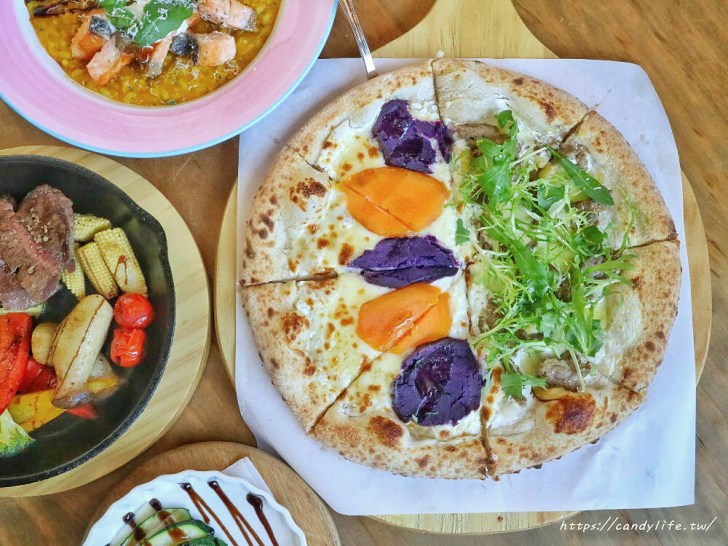 20200212150118 6 - 熱血採訪│充滿異國風情的義大利餐廳,手工窯烤披薩現場製作,甜點提拉米蘇也很讚~
