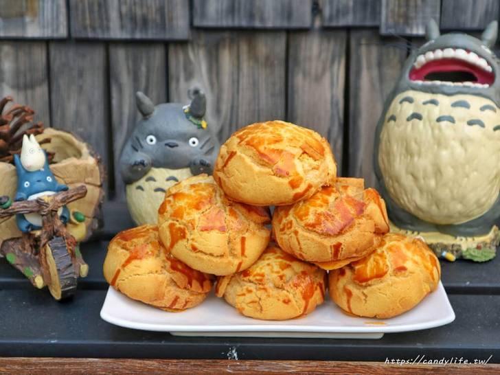 20200304160334 77 - 滿屋子都是龍貓的麵包坊,試吃給的超大方,麵包餡料滿滿,激推脆皮菠蘿,口味超多!