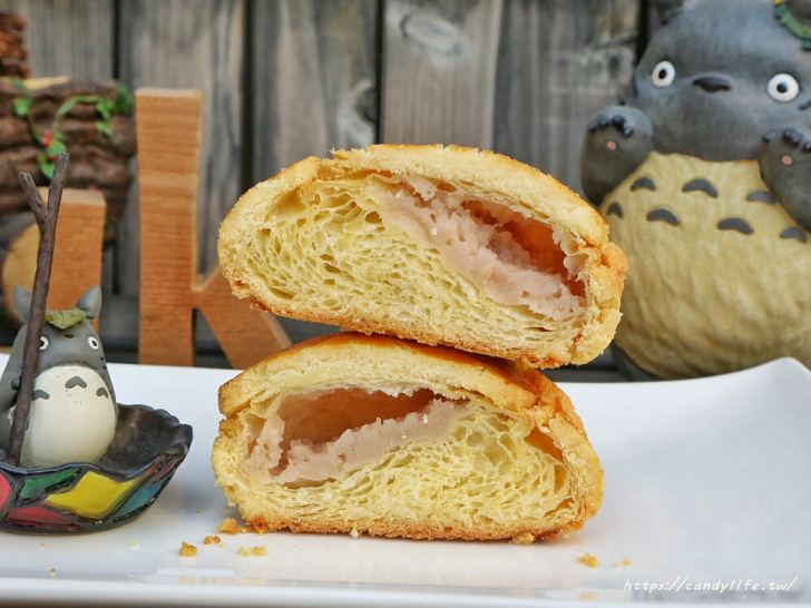 20200304160527 30 - 滿屋子都是龍貓的麵包坊,試吃給的超大方,麵包餡料滿滿,激推脆皮菠蘿,口味超多!