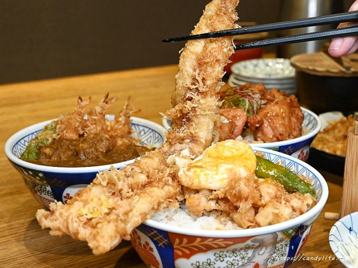 20200601134023 9 - 熱血採訪│日本人氣天丼專賣店進駐台中,用餐時刻人潮滿滿,超大一碗配料整個滿出來!