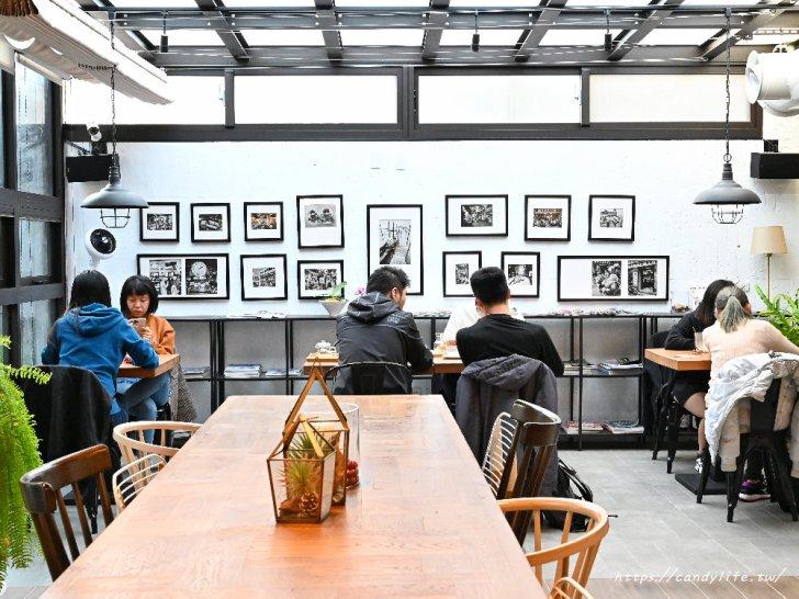 20210420122833 45 - 台中質感咖啡館,每個角落都好好拍,還有早午餐、輕食及甜點,一個人來也很適合~