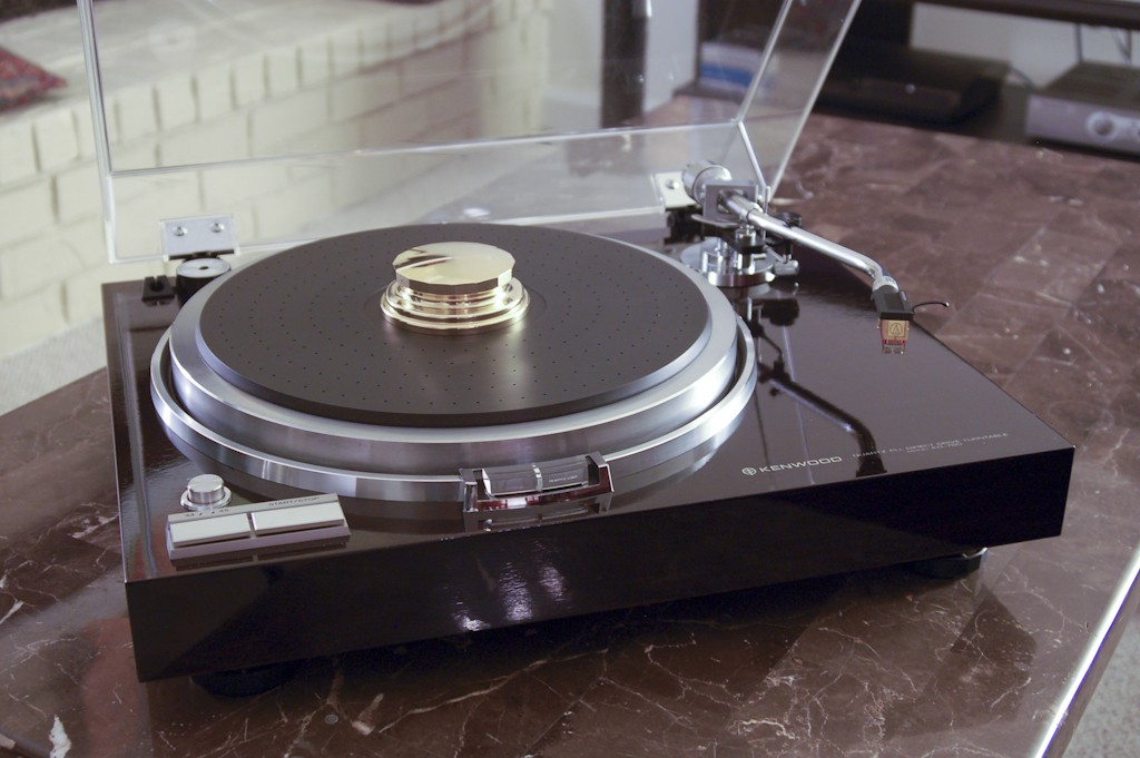 Kenwood KD 750 Turntable RARE Like New For Sale Canuck Audio Mart