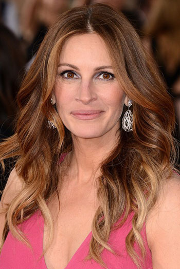 Julia Roberts Long Wavy Hairstyle At The 2014 SAG Awards