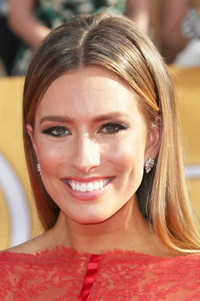 Renee Barghs Sleek Long Hairstyle At The 2014 SAG Awards