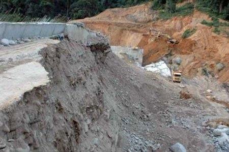 Vietnam, hydropower, dam, incidents