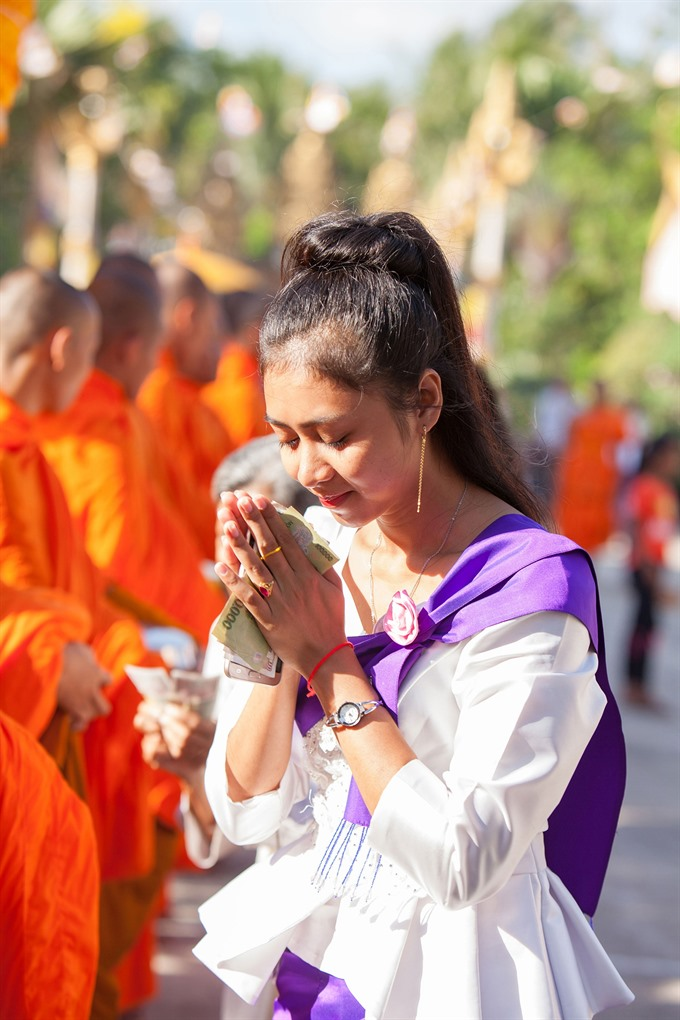 Khmer New Year Festival wishes for lucks, entertainment events, entertainment news, entertainment activities, what's on, Vietnam culture, Vietnam tradition, vn news, Vietnam beauty, news Vietnam, Vietnam news, Vietnam net news, vietnamnet news, vietnamnet