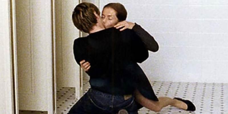 鋼琴教師:(做)愛的傷痕死不了人的,可伊莎貝雨蓓那一刺有夠狠!┃影評