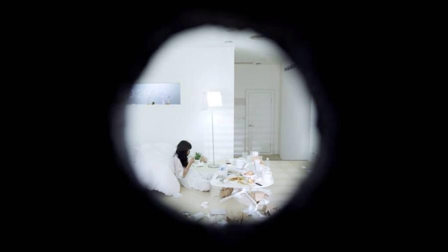 打掃:女性處境是永恆的黑洞擴張 | 鏡文學驚悚劇場 | 影評