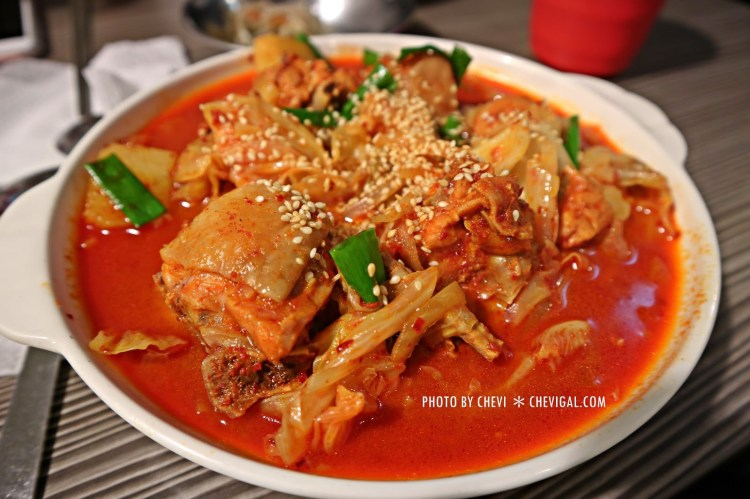 東海商圈│韓屋*巷弄裡的平價韓式料理。香辣爽口不鎖喉。小菜白飯可續點