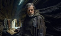 Star Wars: The Final Jedi's Rian Johnson Claps Again In opposition to Pressure Powers Criticism