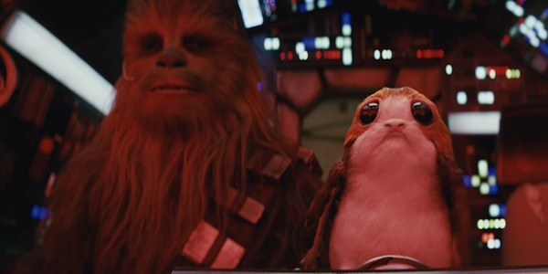 Chewbacca and Porg, Star Wars The Last Jedi