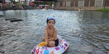 ▌宜蘭民宿▌簡約質感♥池塘邊邊♥一分鐘到「螃蟹冒泡湧泉」夏日戲水好去處