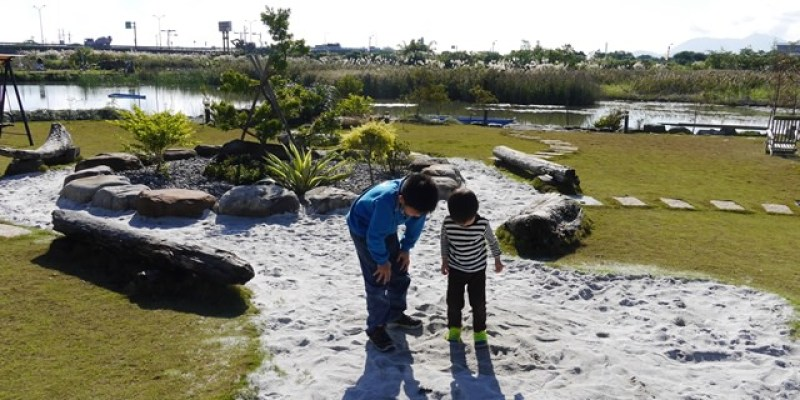 ▌宜蘭民宿▌花園綠地,沙坑,水畔美景盡收眼底♥傳藝度假會館♥ 一個值得大推的的親子旅宿