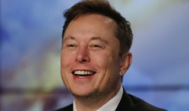 Vladan Gallistl: Tesla shares over two thousand dollars.  Musk pulls rabbits out of his hat